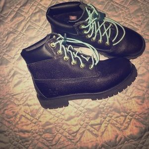 Timberland black waterproof pebbles leather boots